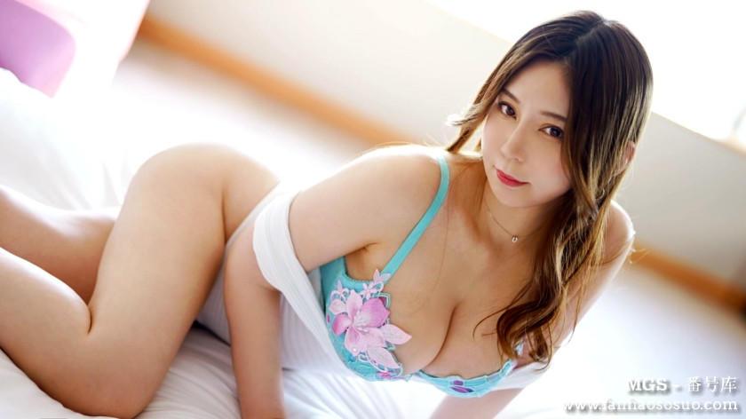 「259LUXU-1389」33岁护士高木百合
